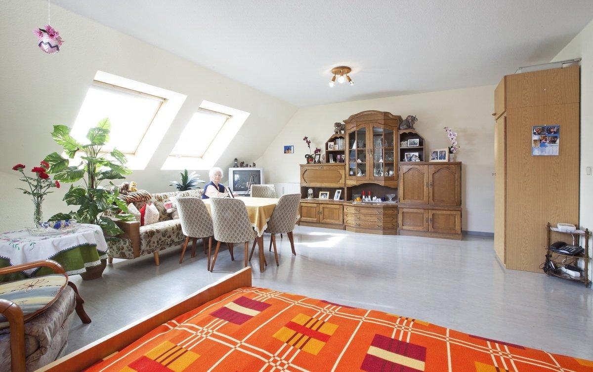 betreutes wohnen betreutes wohnen am diakonissenhaus borsdorf. Black Bedroom Furniture Sets. Home Design Ideas
